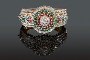 Bracciale in oro, brillanti e parti di vetro stile Stile Mosaico Fiorentino
